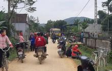Nghệ An: Xe tải chạy đường làng cán chết bé 3 tuổi