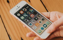 Mới mở bán một ngày, iPhone SE đã hết sạch hàng vì quá rẻ và hot