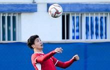 Vừa trả lời đanh thép ở họp báo, Công Phượng lao vào tập luyện chờ đấu Nhật Bản