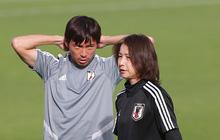 Nữ trợ lý đặc biệt trên sân tập của tuyển Nhật Bản