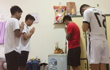 Cười té ghế với cách xin tài lộc của Hà Đức Chinh cùng các đồng đội CLB Đà Nẵng