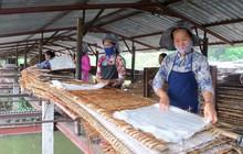 """Không có gì là không thể: """"nhai"""" luôn ống hút với phát minh mới của làng bột hơn trăm tuổi ở Việt Nam"""