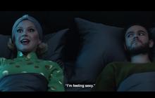 """Ra mà xem, Katy Perry mặc áo dài và """"cảm thấy sexy"""" trong MV mới đấy à?"""
