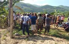 Bình Định: Đi qua hàng rào có dây điện, hai vợ chồng bị điện giật tử vong thương tâm