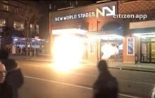 Nhiều hố ga ở New York (Mỹ) đồng loạt bốc cháy kèm tiếng nổ