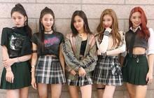 Nhìn ảnh này của ITZY, có ai giật mình tưởng YG vừa ra mắt girlgroup mới không?