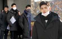 """Nam thần """"con nhà nòi"""" Cbiz gây náo loạn Học viện điện ảnh Bắc Kinh: Đi thi thôi mà có cần phải đẹp trai thế không?"""