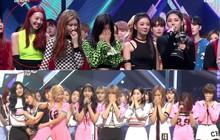 """""""Soi"""" biểu cảm girlgroup JYP khi nhận cúp: Netizen nhận xét hội em út """"cứng"""" hơn các chị cũng vì điều này"""