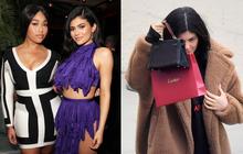 Kylie Jenner lần đầu xuất hiện sau scandal anh rể ngoại tình với bạn thân và hành động của cô gây chú ý