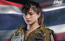 Võ sĩ xinh đẹp hạ niềm hy vọng của võ thuật Mỹ, lập thành tích chưa từng có tại giải MMA lớn nhất châu Á