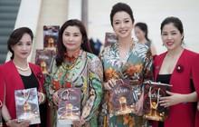 Hoa hậu Jennifer Phạm đẹp rạng rỡ với vai trò khách mời danh dự thương hiệu mỹ phẩm TRUEVANS