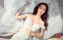 """Xuất hiện tại Lookbook của Love Wedding, Jolie Nguyễn hóa nàng công chúa khiến fan """"đứng ngồi không yên"""""""