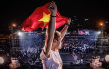 Armin Van Buuren nói lời yêu với fan Việt sau giây phút thăng hoa cùng hàng vạn khán giả Thủ đô