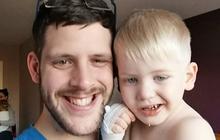 Bé trai 3 tuổi được phát hiện mắc ung thư não chỉ sau một nụ cười nhếch mép