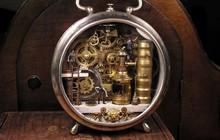 Nghệ sĩ này đem cả thế giới tí hon vào những chiếc đồng hồ cũ hỏng, kết quả ngoài cả sức tưởng tượng!