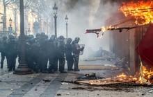 Cảnh sát trưởng Paris mất chức sau bạo động ở đại lộ Champs-Elysees