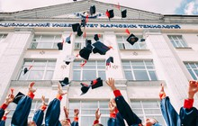 Choáng ngợp với mức lương của cựu sinh viên 10 trường Đại học có học phí đắt nhất