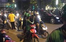 Hà Nội: Tài xế ô tô gây tai nạn còn dùng dao đâm nạn nhân bị thương, phải vào viện cấp cứu