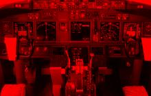 Cơ trưởng Lion Air tìm sách hướng dẫn khi máy bay đang rơi xuống biển