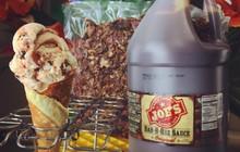Nếu như Việt Nam có chè thịt heo quay gây hoang mang thì ở nước ngoài bây giờ cũng có kem thịt nướng ăn kèm sốt BBQ