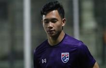 Ít giờ trước đại chiến với U23 Việt Nam, ngôi sao hàng đầu của U23 Thái Lan phải tập riêng vì chấn thương