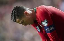 Chảy máu mũi và dính chấn thương đùi, Ronaldo sớm rời sân mang theo lo lắng tột cùng cho fan Juventus