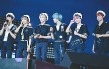 Nên hay không nên để nam idol mặc đồng phục thủy thủ lên sân khấu?