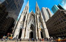 Mỹ: Bắt giữ người mang 2 can xăng cùng bật lửa vào nhà thờ Thánh Patrick tại New York