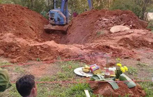 Hé lộ nguyên nhân ban đầu khiến chồng giết vợ rồi ném xác xuống giếng để phi tang