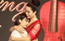 Mai Phương xúc động trong đêm nhạc gây quỹ giúp con gái đạo diễn Đỗ Đức Thành chữa bệnh ung thư máu