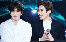 EXO rủ nhau ăn tân gia nhà Xiumin, choáng nhất là món quà của Baekhyun & Chanyeol!