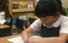Bé gái 10 tuổi không bàn tay đoạt giải thưởng cuộc thi viết chữ đẹp Mỹ