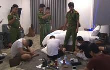 """Đột kích khách sạn ở Huế, bắt quả tang hàng chục nam thanh nữ tú """"thác loạn"""" bằng ma túy"""