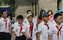 Trường THCS ở Hà Nội gây tranh cãi khi bắt cha mẹ tham gia phỏng vấn cùng con mới được vào lớp 6