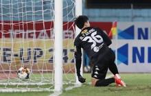 [Trực tiếp V.League] CLB Hà Nội 1-1 Đà Nẵng (H2): Tiến Dũng bắt bài sai hướng, đội chủ nhà thua từ một quả đá phạt