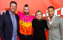 """Chung kết The Voice Mỹ: Kelly Clarkson, Adam Levine """"ngồi chơi xơi nước"""""""