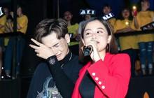 Ali Hoàng Dương bật khóc trong buổi ra mắt album, trêu Trúc Nhân vì chỉ mình được Thu Minh ưu ái điều này