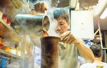 """Bí mật về """"bộ ba hoàng kim"""" khiến trà sữa Hong Kong ngon nức tiếng thế giới"""