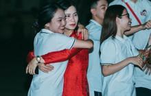 Lễ trưởng thành và ra trường của học sinh Việt Đức (Hà Nội): Tạm biệt thầy cô, mái trường chúng con đi ạ!