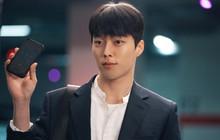 """Vừa làm sát thủ, trai đẹp Jang Ki Yong nay lại làm phi công nội tâm """"diễm tình"""" nhất màn ảnh Hàn!"""