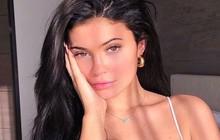 Review đầu tiên về đồ skincare của Kylie Jenner: được khen nhiều bất ngờ nhưng đáng chú ý nhất là sản phẩm scrub bị tố có thể gây hỏng da