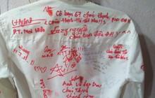 Dân mạng đua nhau share chiếc áo trắng thanh xuân với những dòng chữ chi chít của bạn bè cùng lớp, bạn còn giữ nó không?