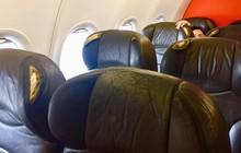 """Bị hành khách phàn nàn """"máy bay còn hơn xe đò"""", hãng hàng không Jetstar lên tiếng"""