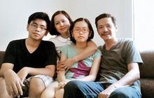 """Gia đình giấu kín của ông bố quốc dân Trung Anh phim """"Về nhà đi con"""""""