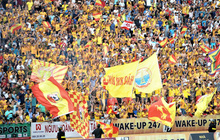 Sân Thiên Trường của Nam Định đông khán giả nhất lượt đi V.League 2019