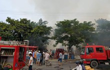 Cháy lớn suốt 3 giờ tại xưởng pallet 1.000m2 ở Quảng Nam