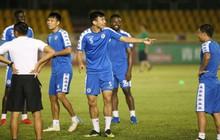 """Không phải tập trên """"sân ruộng"""", cầu thủ Hà Nội FC thoải mái trước trận bán kết lượt đi AFC Cup"""