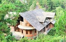 Hàng chục biệt thự nghỉ dưỡng trên đồi thông Đà Lạt bị bỏ hoang nhiều năm, xuống cấp nghiêm trọng