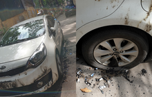 """Hà Nội: Chủ đỗ xe chặn lối vào khu tập thể, xế hộp KIA bị đốt cháy nham nhở để """"trừng phạt"""""""