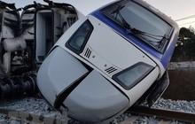 Tàu hỏa đâm ô tô tại đoạn giao cắt, ít nhất 4 người thiệt mạng